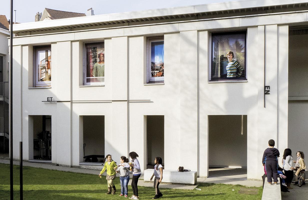 Living expo, portraits d'habitantes de Molenbeek. Maison de la culture et de la cohésion sociale de Molenbeek, 2013.